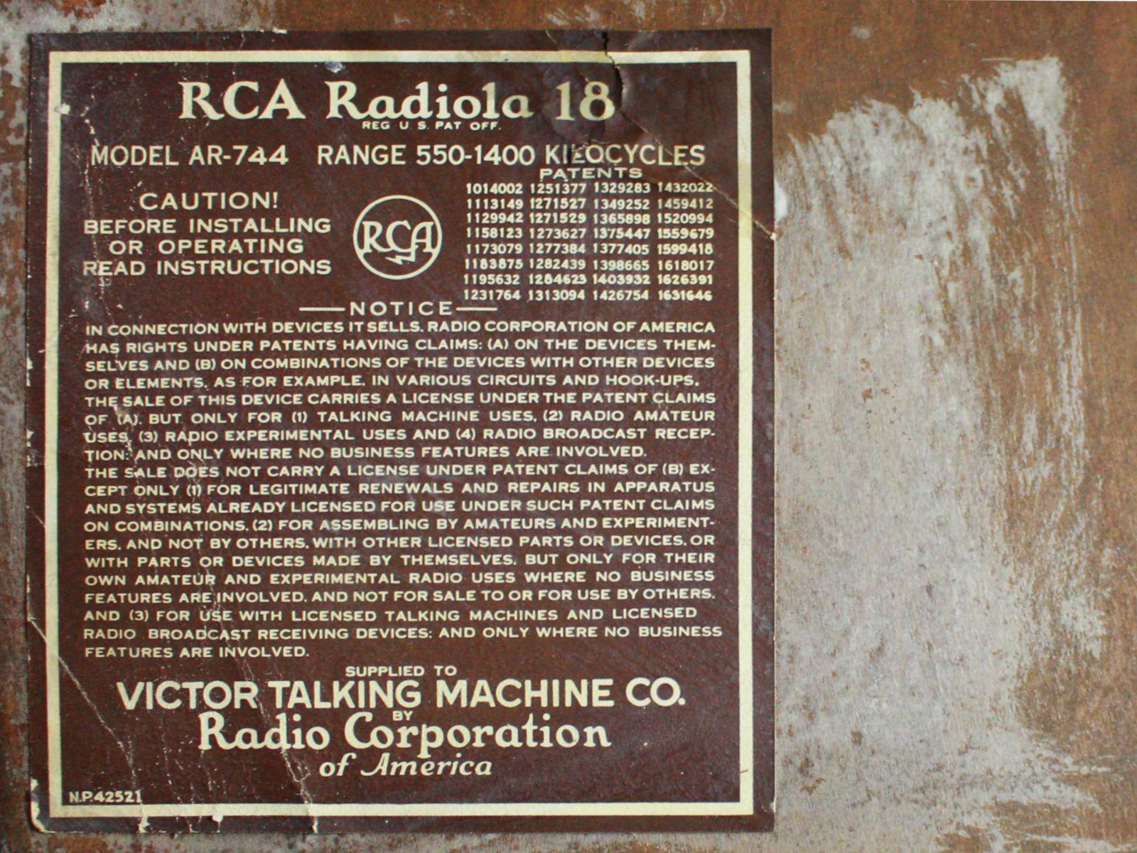 2nd 1928 RCA Victor Console Radio VE7-26X with Radiola 18